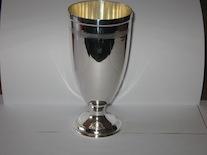 Сребърна чаша голяма