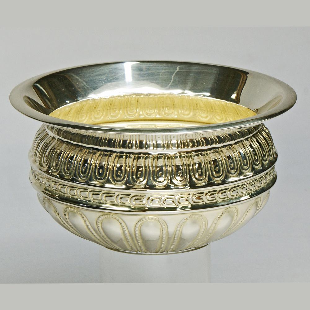Модел-сувенир. Сребърна фиала от Рогозенското съкровище.