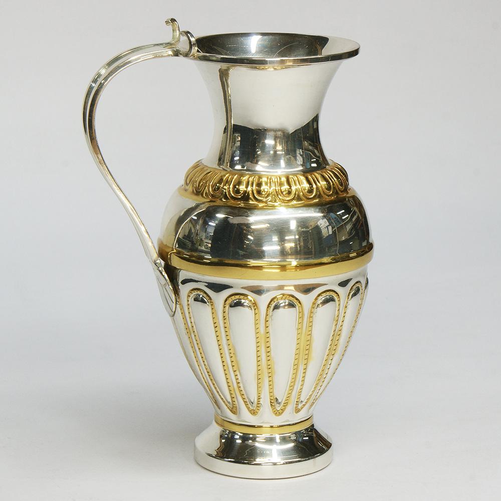 Модел - сувенир. Сребърна кана от Рогозенското съкровище с частично златно покритие