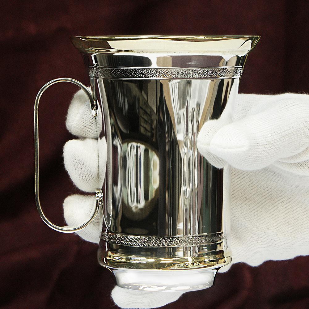Сребърна чаша с дръжка - детска